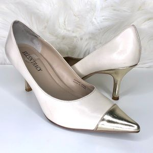 ELLEN TRACY | nude and gold pumps